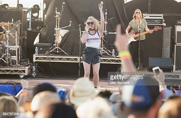 Country singer Raelynn performs on stage during the Watershed Music Festival at Gorge Amphitheatre on July 30 2016 in George Washington