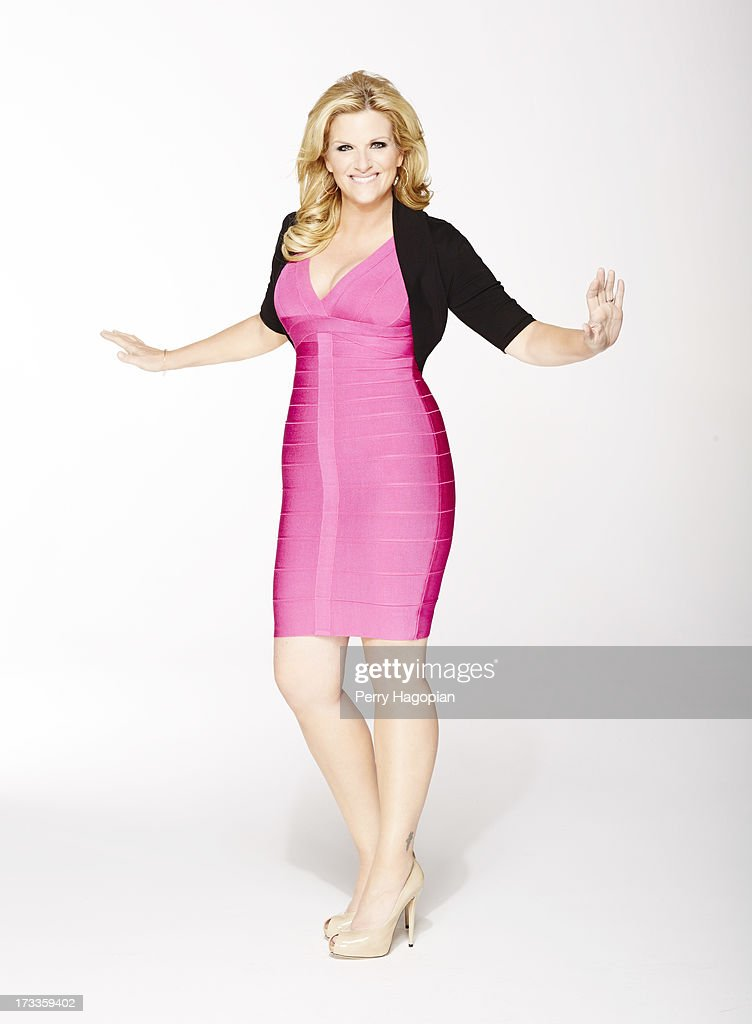 Country singer <a gi-track='captionPersonalityLinkClicked' href=/galleries/search?phrase=Trisha+Yearwood&family=editorial&specificpeople=216434 ng-click='$event.stopPropagation()'>Trisha Yearwood</a> is photographed for People Magazine on April 11, 2013 in New York City. ON