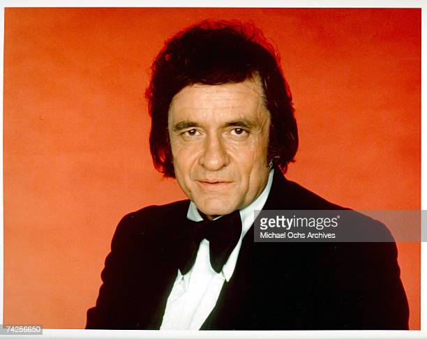 Country singer/songwriter Johnny Cash poses for a portrait in circa 1976