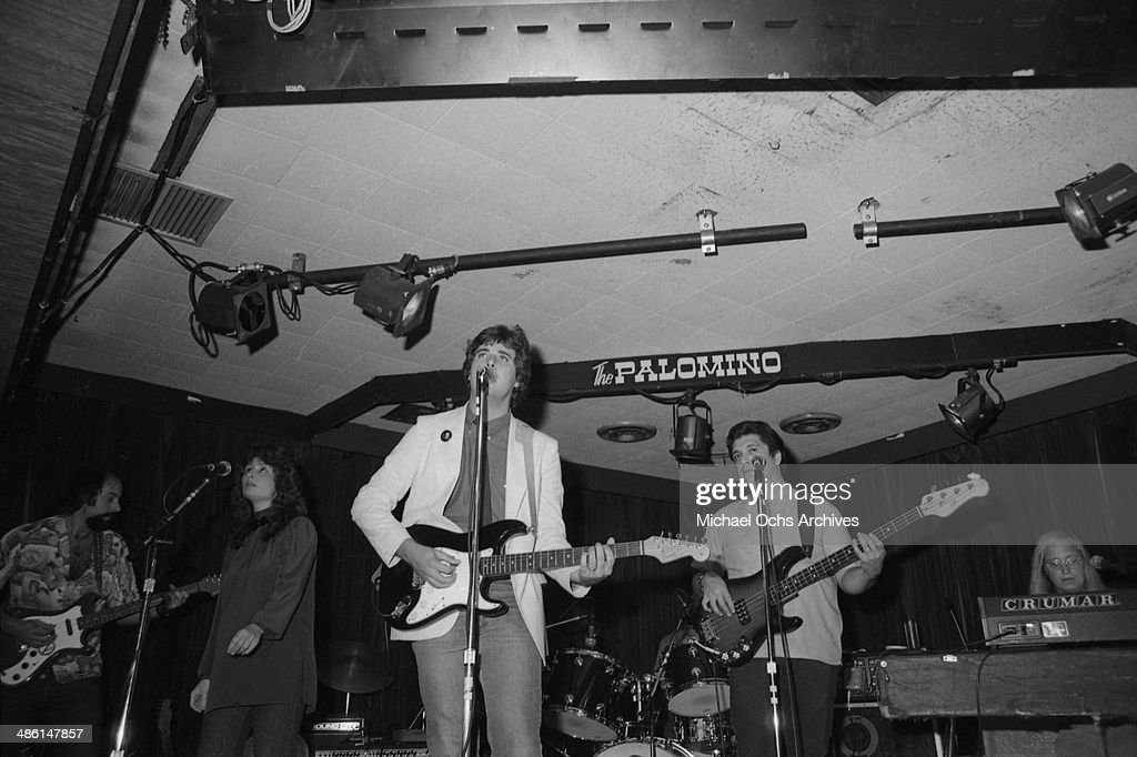 Country star Vince Gill performs at the Palonino club on August 16 1982 in Los Angeles California