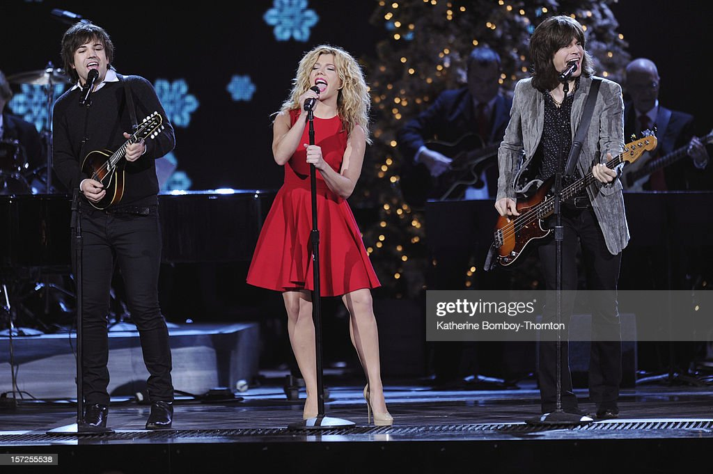CHRISTMAS - Country's biggest stars are joining together to celebrate the holidays! For the third year, Sugarland's Jennifer Nettles will host the 'CMA Country Christmas' special, airing THURSDAY, DECEMBER 20 (9:00-11:00 p.m., ET), on ABC. THE