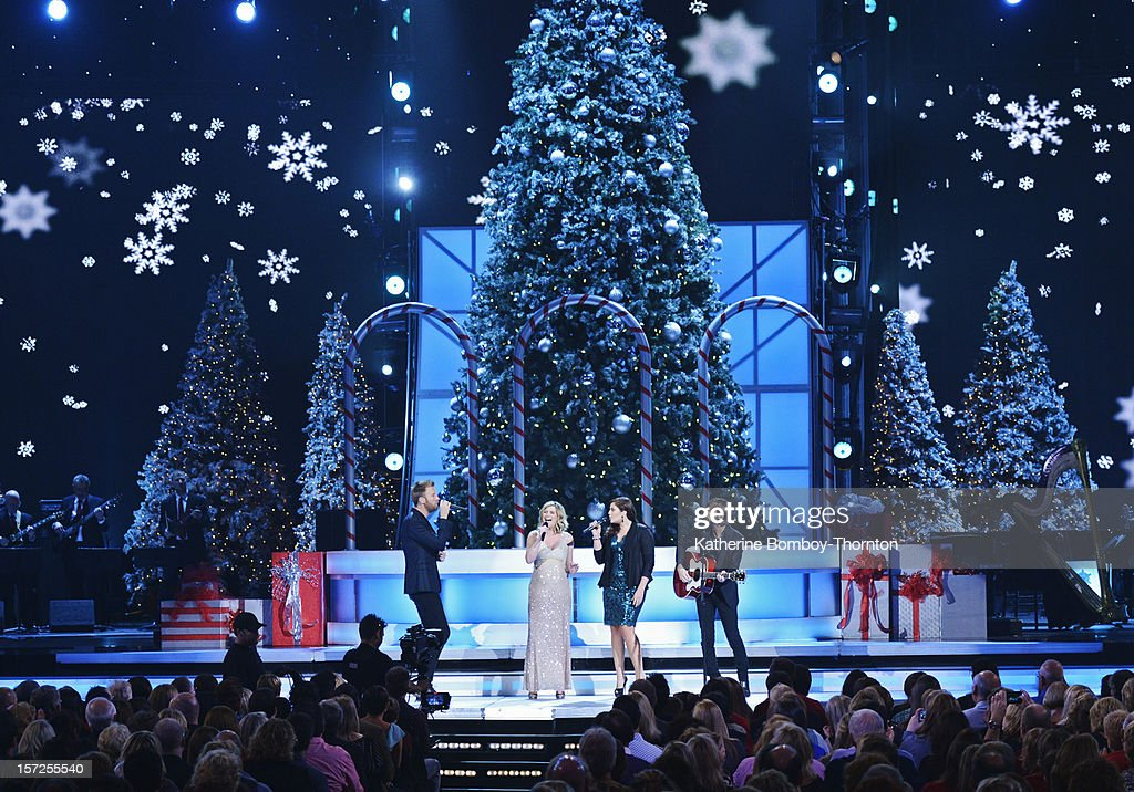 CHRISTMAS - Country's biggest stars are joining together to celebrate the holidays! For the third year, Sugarland's Jennifer Nettles will host the 'CMA Country Christmas' special, airing THURSDAY, DECEMBER 20 (9:00-11:00 p.m., ET), on ABC. LADY