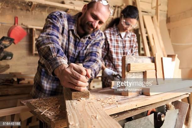 Arbeiter paar Tischler