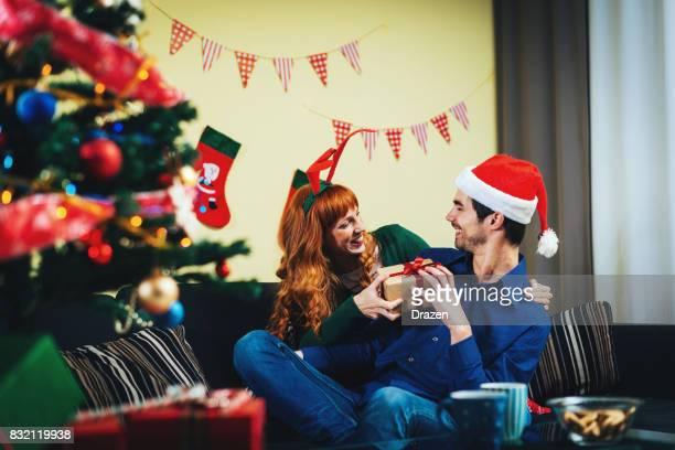 Couple Célébration de Noël