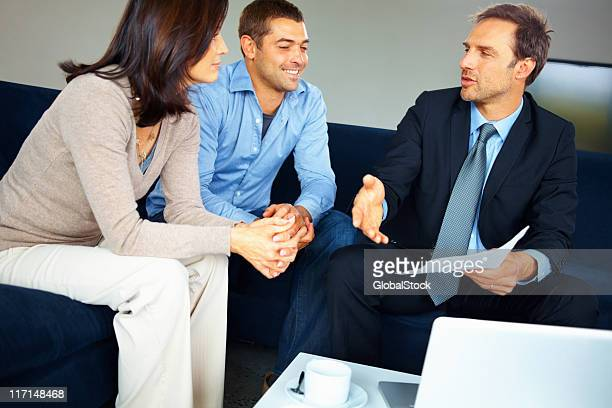 Couple consulting advisor