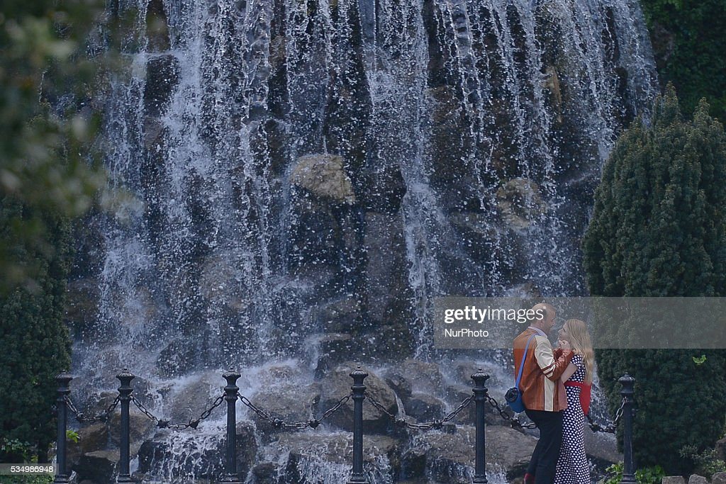 A couple enjoys the cascade in Dublin's Iveagh Gardens. Dublin, Ireland, on Saturday 28 May 2016.
