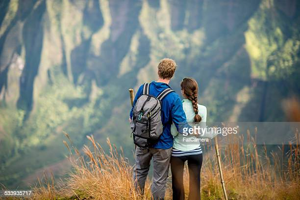 Couple hiking while on vacation in Hawaii