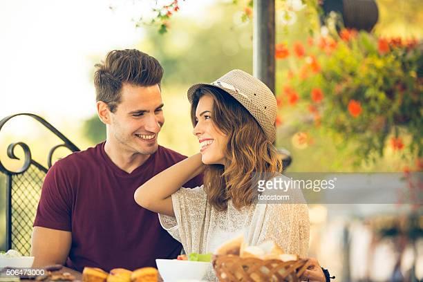 Paar in einem restaurant