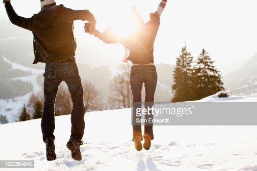 Par Saltar al aire libre, en la nieve