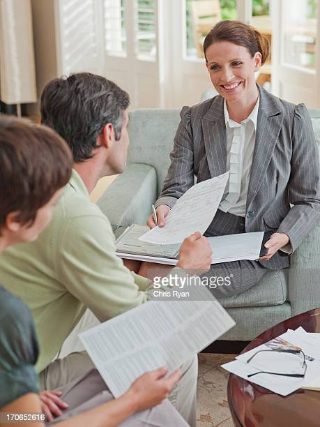 Avec le Conseiller financier de Couple réunion
