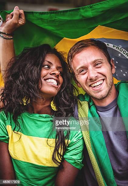 Coppia di tifosi brasiliani ama a stadium