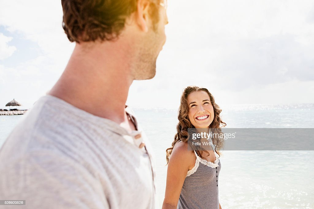 Couple on beach on summer day : Foto de stock