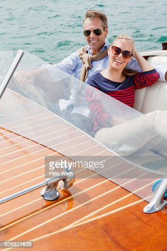 Couple on motorboat trip : Photo