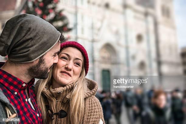 Coppia sulla città di Firenze per Natale