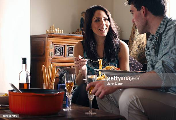 couple sharing lunch together at home