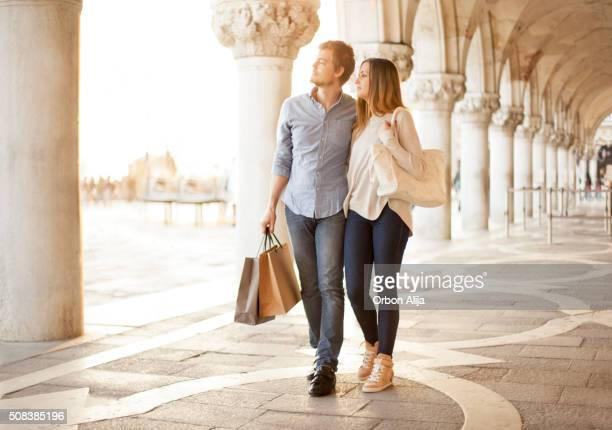 Couple shopping in Venice