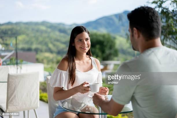 Voyage de couple et petit déjeuner à l'hôtel
