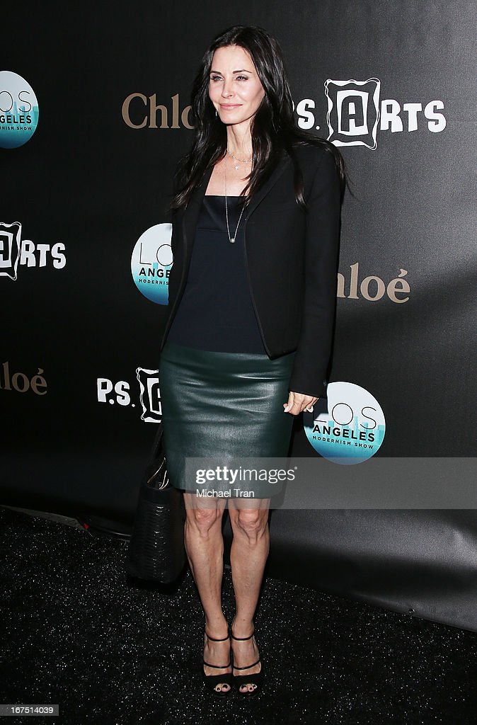 Courteney Cox arrives at The Los Angeles Modernism show and sale to benefit P.S. ARTS held at Barker Hangar on April 25, 2013 in Santa Monica, California.