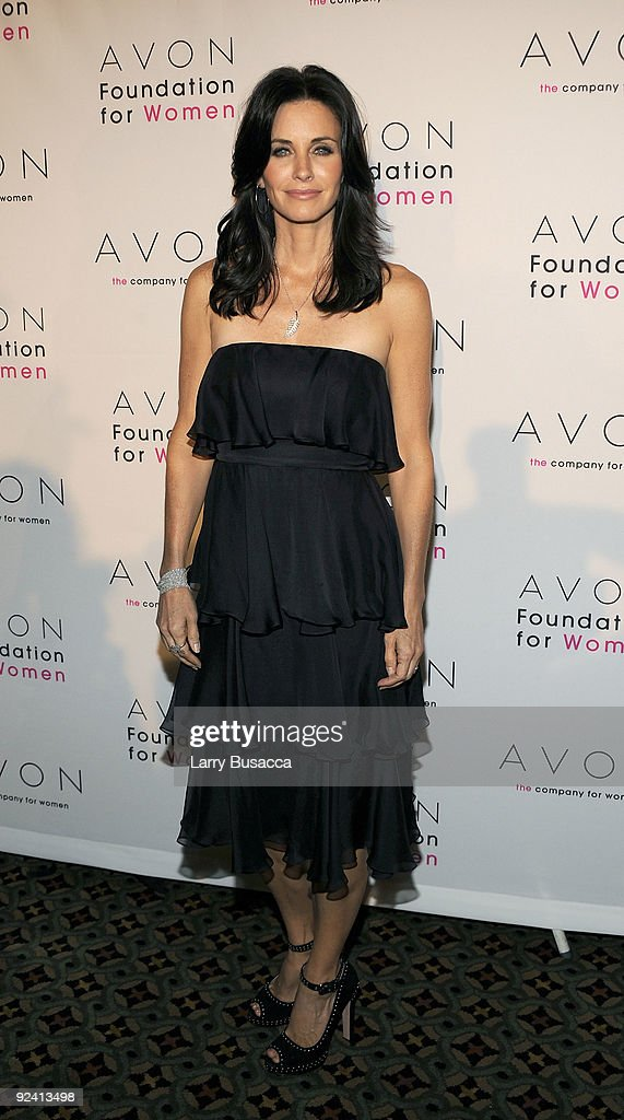 <a gi-track='captionPersonalityLinkClicked' href=/galleries/search?phrase=Courteney+Cox&family=editorial&specificpeople=203101 ng-click='$event.stopPropagation()'>Courteney Cox</a> attends the Avon Foundation's 'Champions Who Change Women's Lives' celebration at Cipriani 42nd Street on October 27, 2009 in New York City.