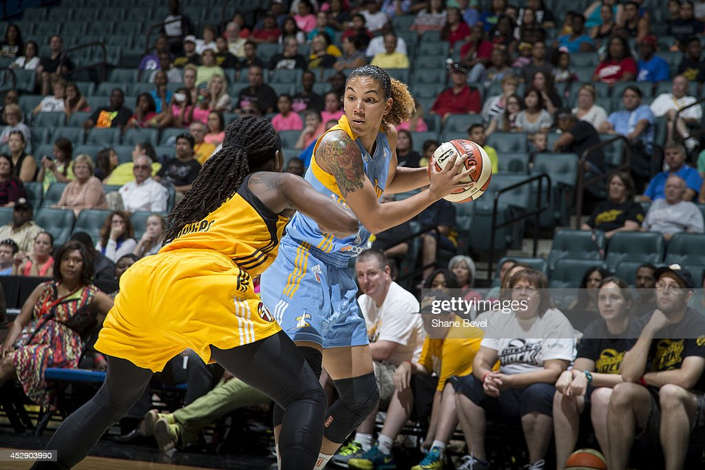 Courtney Clements #0 of the Chicago Sky controls the ball against the Tulsa Shock on July 27, 2014 at the BOK Center in Tulsa, Oklahoma.