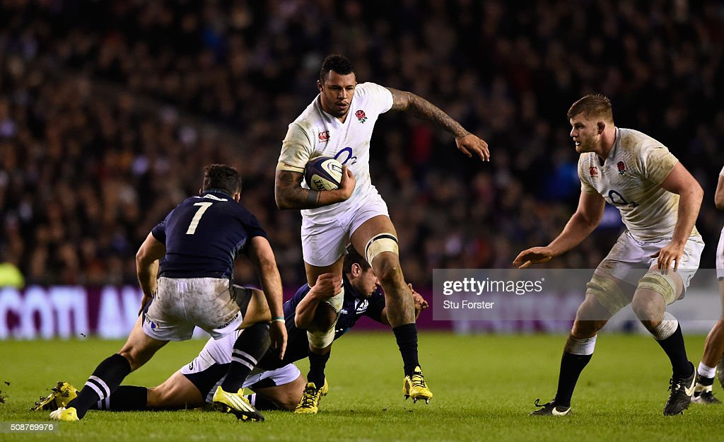 <a gi-track='captionPersonalityLinkClicked' href=/galleries/search?phrase=Courtney+Lawes&family=editorial&specificpeople=5385543 ng-click='$event.stopPropagation()'>Courtney Lawes</a> of England runs at the Scotland defence during the RBS Six Nations match between Scotland and England at Murrayfield Stadium on February 6, 2016 in Edinburgh, Scotland.