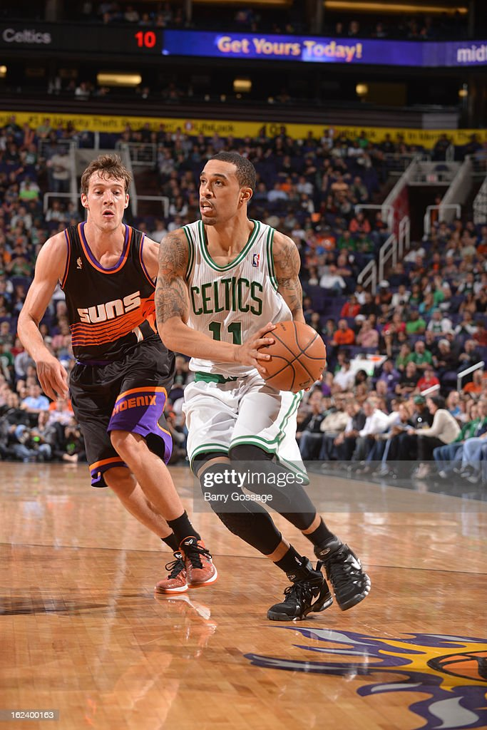 <a gi-track='captionPersonalityLinkClicked' href=/galleries/search?phrase=Courtney+Lee&family=editorial&specificpeople=730223 ng-click='$event.stopPropagation()'>Courtney Lee</a> #11 of the Boston Celtics drives to the basket against <a gi-track='captionPersonalityLinkClicked' href=/galleries/search?phrase=Goran+Dragic&family=editorial&specificpeople=4452965 ng-click='$event.stopPropagation()'>Goran Dragic</a> #1 of the Phoenix Suns on February 22, 2013 at U.S. Airways Center in Phoenix, Arizona.