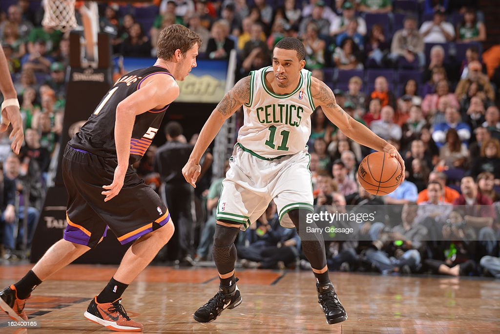 <a gi-track='captionPersonalityLinkClicked' href=/galleries/search?phrase=Courtney+Lee&family=editorial&specificpeople=730223 ng-click='$event.stopPropagation()'>Courtney Lee</a> #11 of the Boston Celtics handles the ball against <a gi-track='captionPersonalityLinkClicked' href=/galleries/search?phrase=Goran+Dragic&family=editorial&specificpeople=4452965 ng-click='$event.stopPropagation()'>Goran Dragic</a> #1 of the Phoenix Suns on February 22, 2013 at U.S. Airways Center in Phoenix, Arizona.