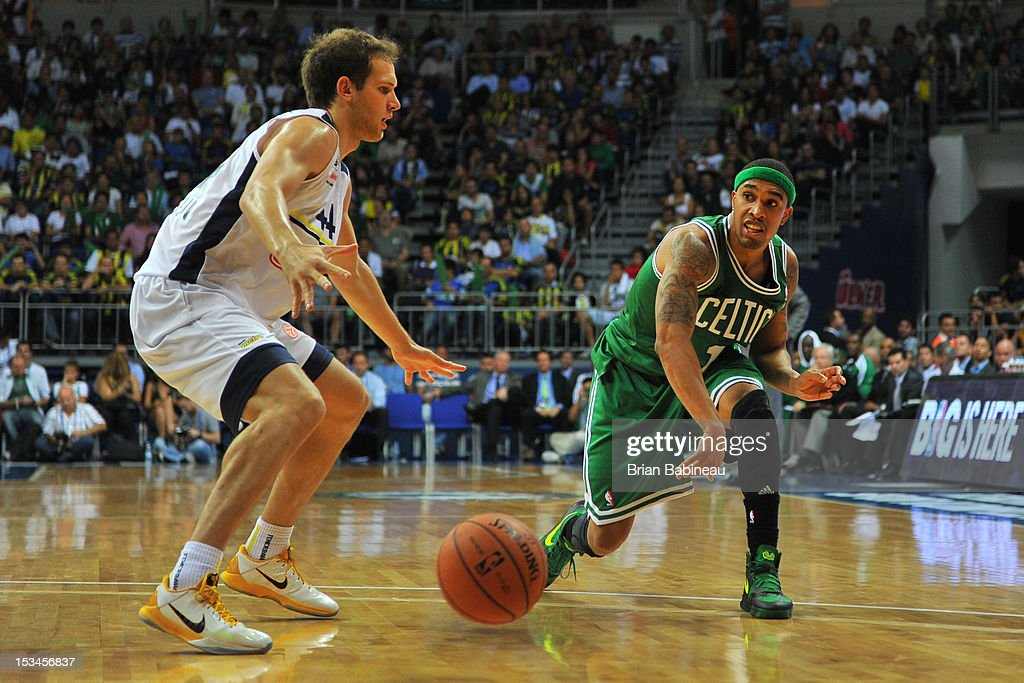 <a gi-track='captionPersonalityLinkClicked' href=/galleries/search?phrase=Courtney+Lee&family=editorial&specificpeople=730223 ng-click='$event.stopPropagation()'>Courtney Lee</a> #11 of the Boston Celtics passes against Fenerbahce Ulker on October 5, 2012 at the Ulker Sports Arena in Istanbul, Turkey.