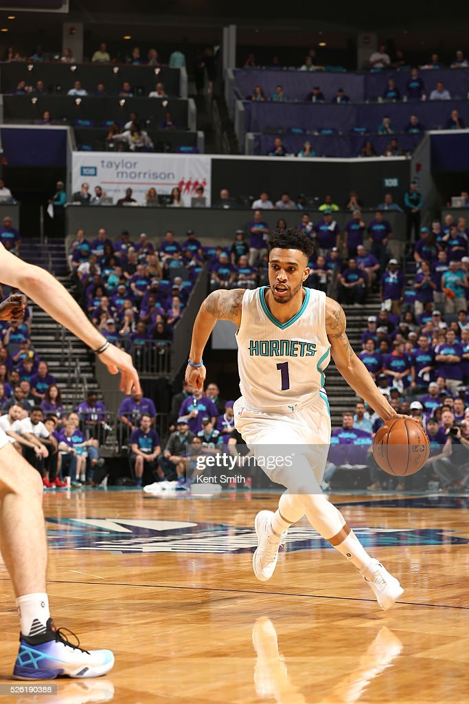 <a gi-track='captionPersonalityLinkClicked' href=/galleries/search?phrase=Courtney+Lee&family=editorial&specificpeople=730223 ng-click='$event.stopPropagation()'>Courtney Lee</a> #1 of the Charlotte Hornets drives to the basket against the Miami Heat in Game Six of the Eastern Conference Quarterfinals during the 2016 NBA Playoffs on April 29, 2016 at Time Warner Cable Arena in Charlotte, North Carolina.