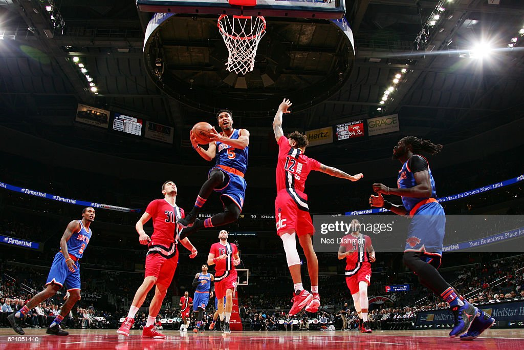 Courtney Lee #5 of the New York Knicks goes for a lay up against the Washington Wizards during the game on November 17, 2016 at Verizon Center in Washington, DC.