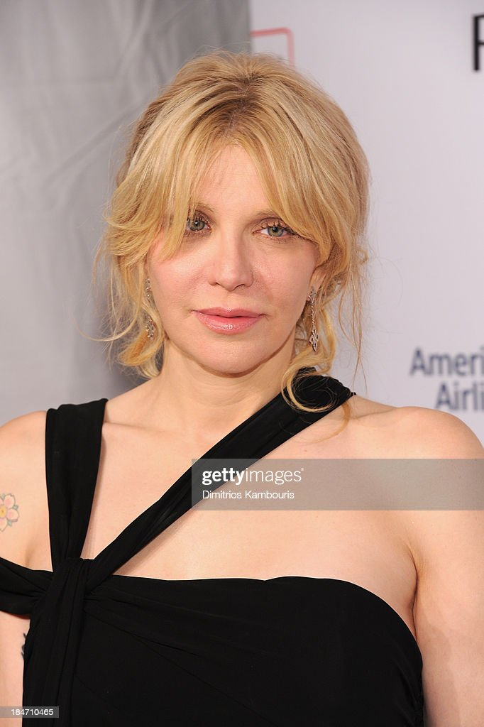 Courtney Love attends the Elton John AIDS Foundation's 12th Annual An Enduring Vision Benefit at Cipriani Wall Street on October 15, 2013 in New York City.