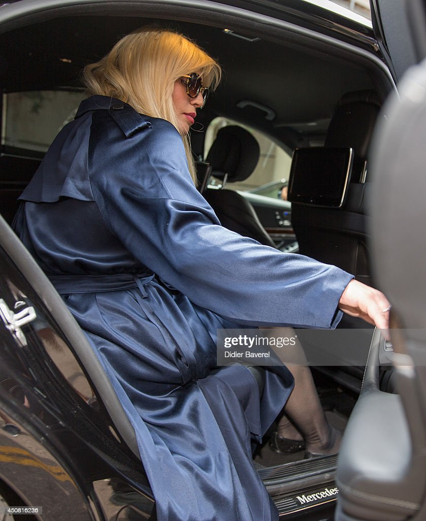 <a gi-track='captionPersonalityLinkClicked' href=/galleries/search?phrase=Courtney+Love&family=editorial&specificpeople=156418 ng-click='$event.stopPropagation()'>Courtney Love</a> attends the 'Grey Seminar' at the 2014 Cannes Lions on June 18, 2014 in Cannes, France.