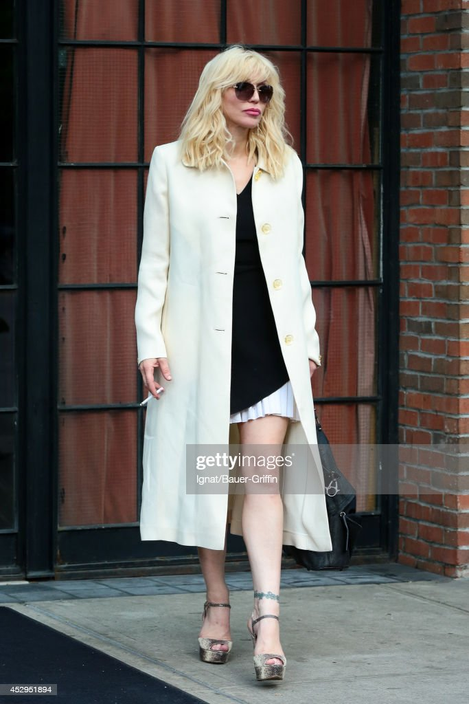 <a gi-track='captionPersonalityLinkClicked' href=/galleries/search?phrase=Courtney+Love&family=editorial&specificpeople=156418 ng-click='$event.stopPropagation()'>Courtney Love</a> is seen on July 30, 2014 in New York City.