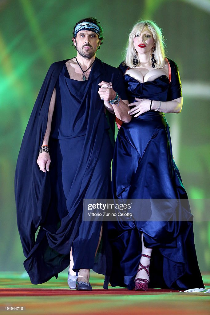 <a gi-track='captionPersonalityLinkClicked' href=/galleries/search?phrase=Courtney+Love&family=editorial&specificpeople=156418 ng-click='$event.stopPropagation()'>Courtney Love</a> (R) is seen on stage during the Lifeball 2014 at City Hall on May 31, 2014 in Vienna, Austria.