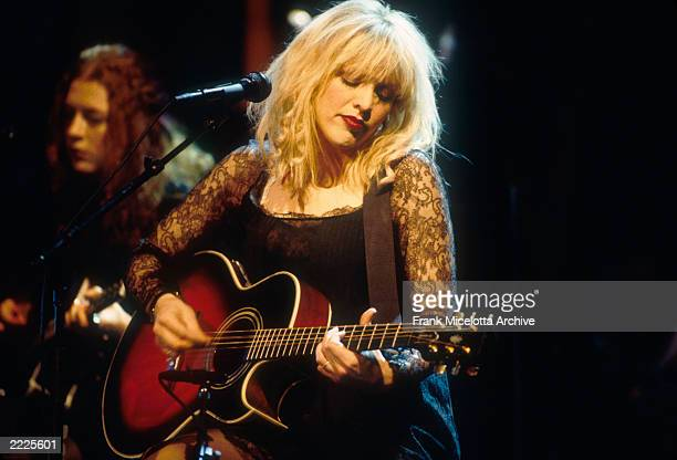 Courtney Love of Hole on MTV Unplugged 1995 photo by Frank Micelotta/Getty Images