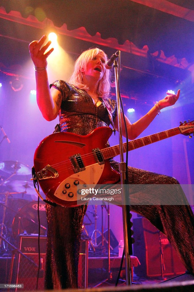 <a gi-track='captionPersonalityLinkClicked' href=/galleries/search?phrase=Courtney+Love&family=editorial&specificpeople=156418 ng-click='$event.stopPropagation()'>Courtney Love</a> performs at Warsaw on June 26, 2013 in New York City.