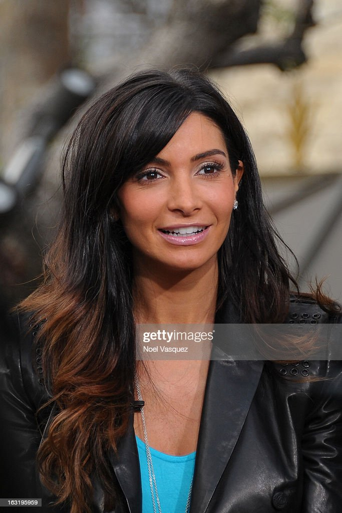 Courtney Mazza Lopez visits 'Extra' at The Grove on March 5, 2013 in Los Angeles, California.