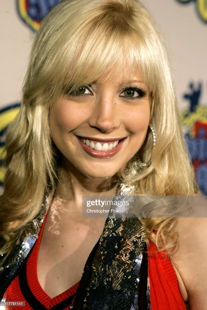 "Spike TV's 2nd Annual ""Video Game Awards 2004"" - Red Carpet"