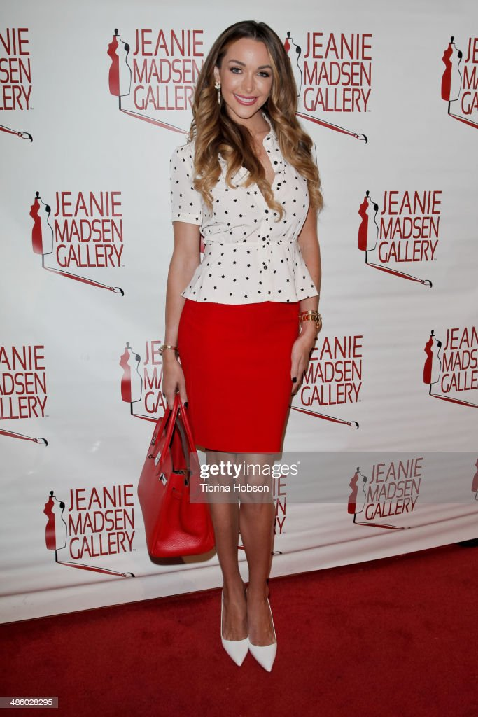 Courtney Sixx attends the Aparecio Foundation event for 'Women Empowering Women' hosted by Michael & Virginia Madsen at Jeanie Madsen Gallery on April 21, 2014 in Santa Monica, California.
