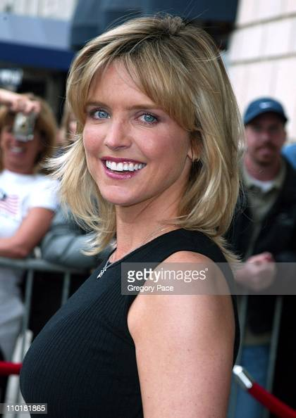... Courtney ThorneSmith during 2003 2004 ABC Television Network UpFront at ... - courtney-thornesmith-during-2003-2004-abc-television-network-upfront-picture-id110181865?s=594x594