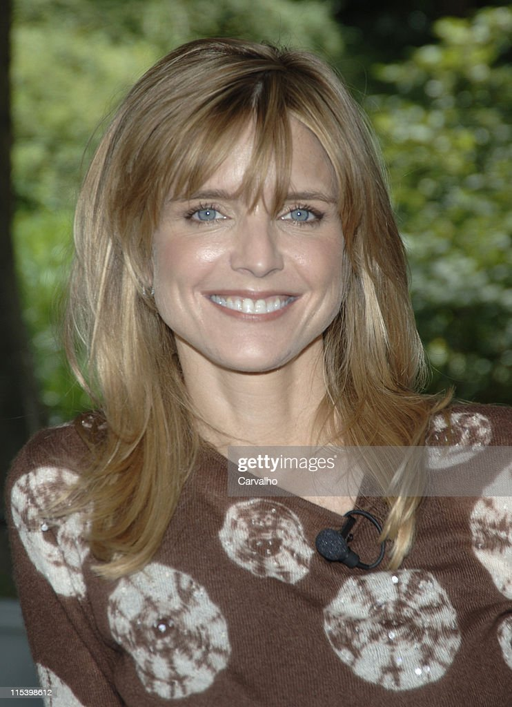 <b>Courtney Thorne-Smith</b> during <b>Courtney Thorne-Smith</b> Hosts 'Puppy Park' in <b>...</b> - courtney-thornesmith-during-courtney-thornesmith-hosts-puppy-park-in-picture-id115398612