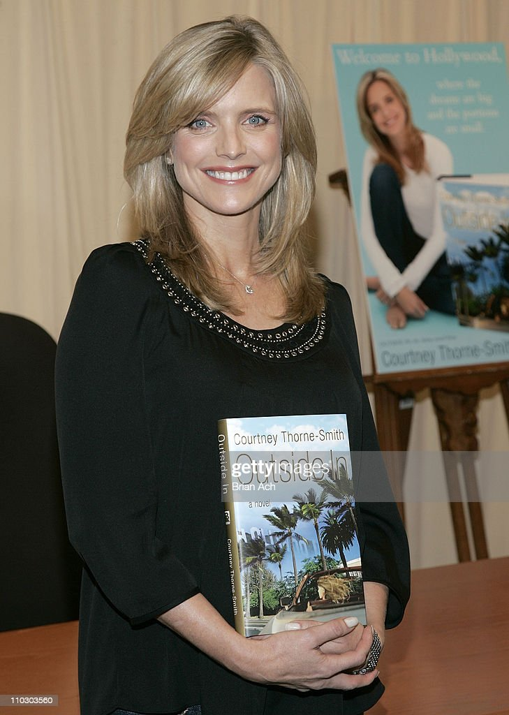 <a gi-track='captionPersonalityLinkClicked' href=/galleries/search?phrase=Courtney+Thorne-Smith&family=editorial&specificpeople=215377 ng-click='$event.stopPropagation()'>Courtney Thorne-Smith</a> signs her new book 'Outside In' on September 19, 2007 at Barnes & Noble in New York City.