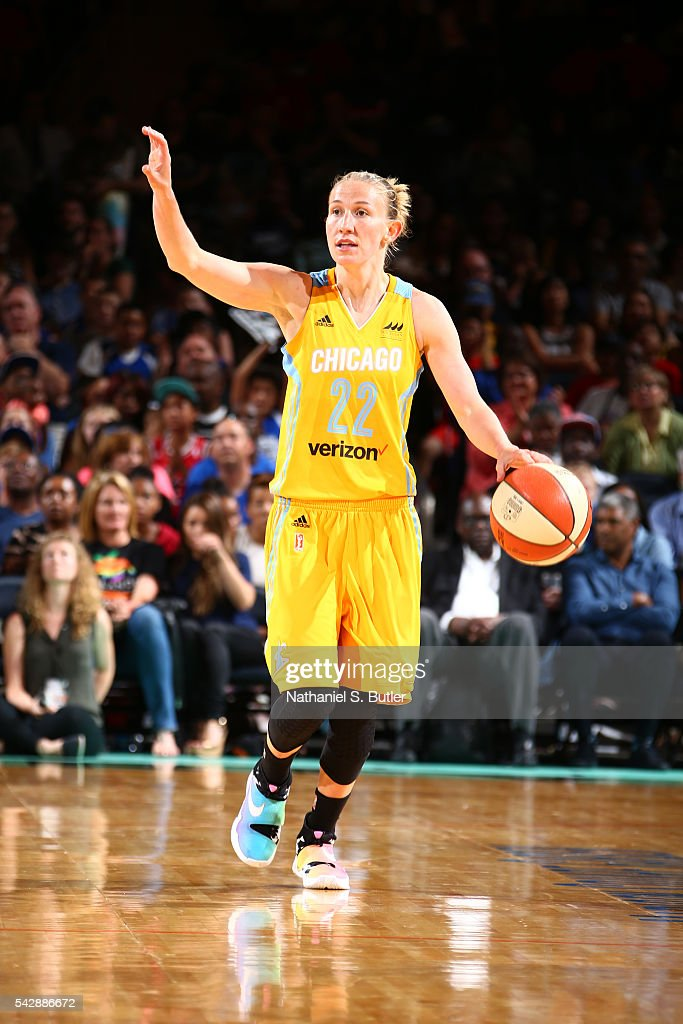 Courtney Vandersloot #22 of the Chicago Sky brings the ball up court against the New York Liberty on June 24, 2016 at Madison Square Garden in New York, New York.