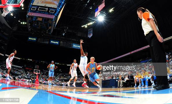 Courtney Vandersloot of the Chicago Sky drives against the Atlanta Dream at Philips Arena on July 16 2011 in Atlanta Georgia NOTE TO USER User...