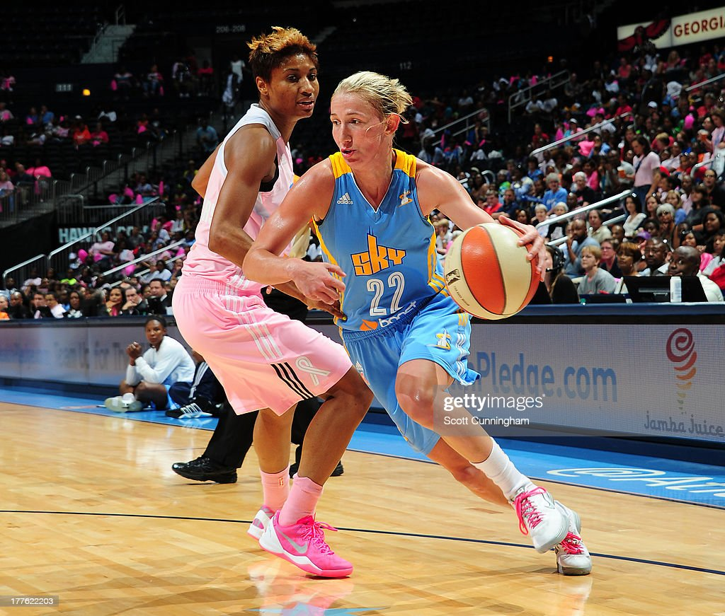 Courtney Vandersloot #22 of the Chicago Sky drives against the Atlanta Dream at Philips Arena on August 24 2013 in Atlanta, Georgia.