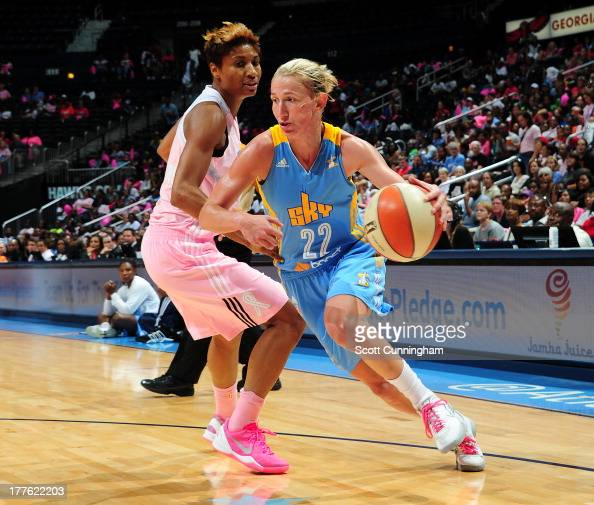 Courtney Vandersloot of the Chicago Sky drives against the Atlanta Dream at Philips Arena on August 24 2013 in Atlanta Georgia NOTE TO USER User...
