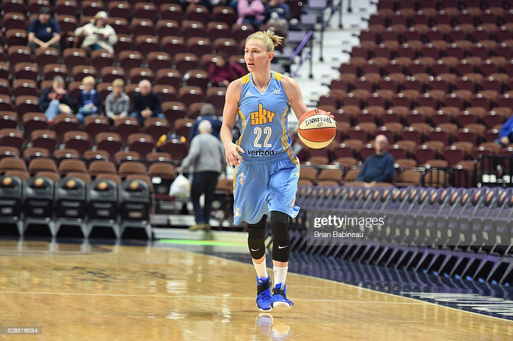 Courtney Vandersloot #22 of the Chicago Sky handles the ball against the Atlanta Dream in a WNBA preseason game on May 5, 2016 at the Mohegan Sun Arena in Uncasville, Connecticut.
