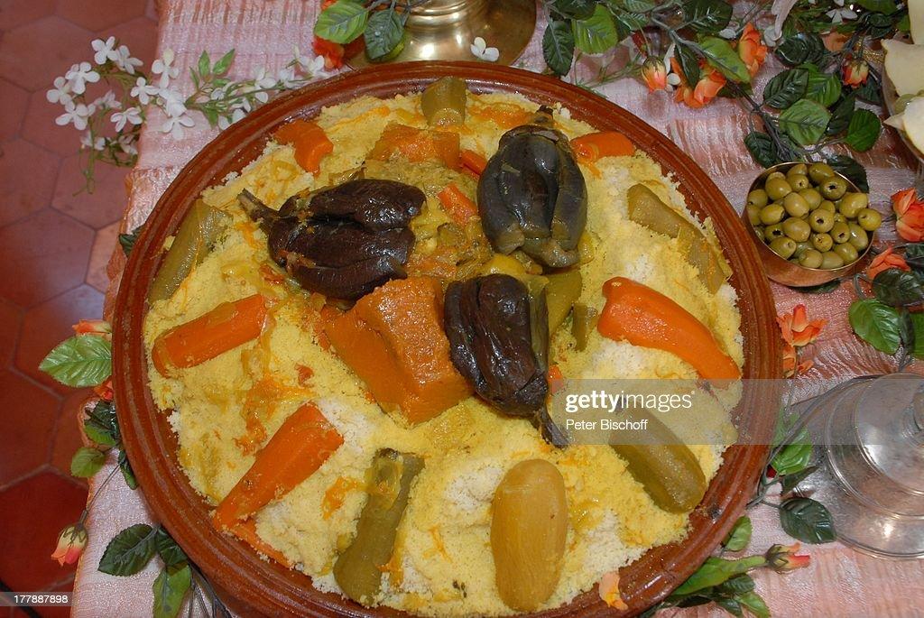 couscous (marokkanische spezialität, stammt ursprünglich aus der ... - Nordafrikanische Küche