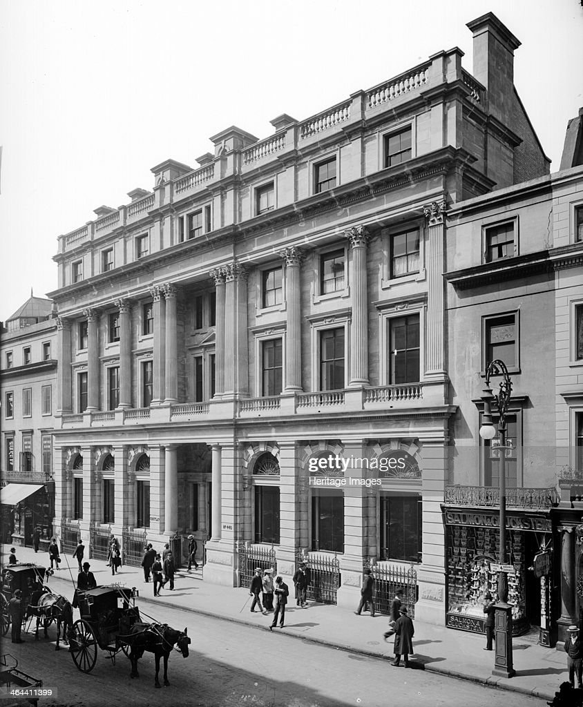 Coutt's Bank The Strand London 1904 In 1904 Coutt's Bank moved to purposebuilt offices at 440 The Strand London designed by J MacVicar Anderson The...