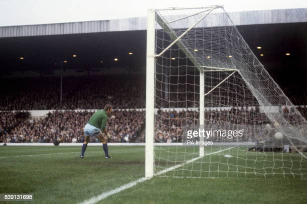 Coventry City goalkeeper Bill Glazier can only watch as John Giles makes it 20 to Leeds United